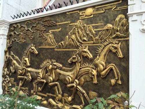 Chiêm ngưỡng cổng biệt thự, tường rào cầu kỳ của các đại gia HN - 12