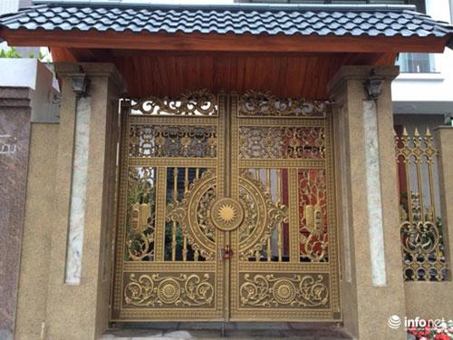 Chiêm ngưỡng cổng biệt thự, tường rào cầu kỳ của các đại gia HN - 2