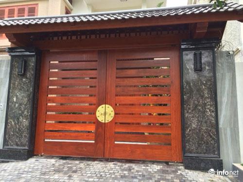 Chiêm ngưỡng cổng biệt thự, tường rào cầu kỳ của các đại gia HN - 6