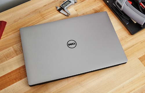 """Đánh giá Dell XPS 15 mới: Pin """"trâu"""", màn hình 4K, cấu hình mạnh - 209369"""