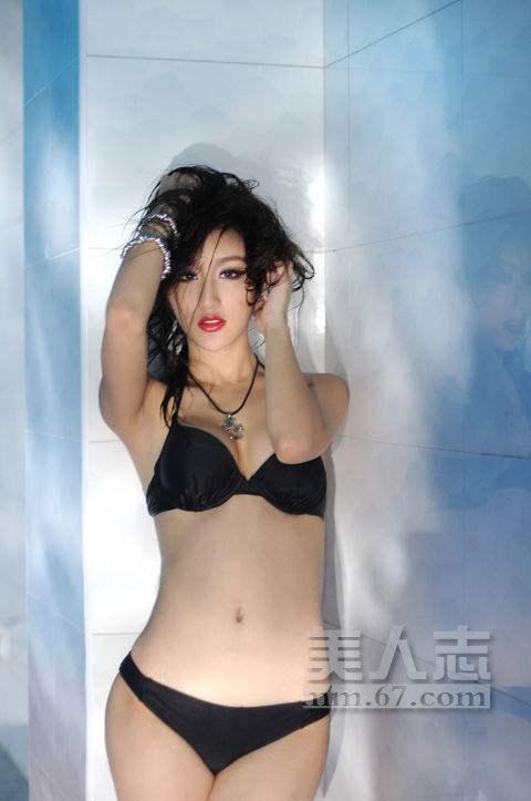 """Đường cong sexy của 3 cô bồ """"tài tử sát gái số 1 TVB"""" - 7"""