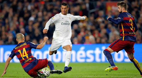 Đua vô địch Liga đến Siêu kinh điển: Barca hẹn, Real né - 2