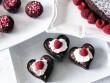 Valentine trắng lãng mạn với chocolate trái tim