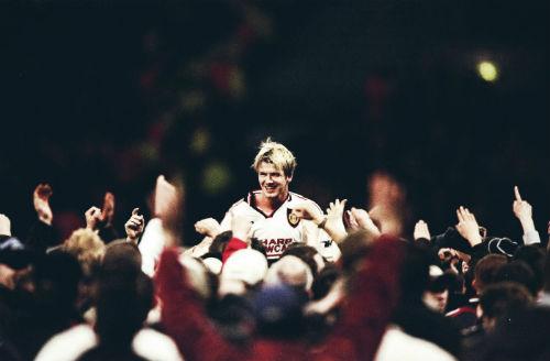 """MU & ngôi sao tranh cãi: Vì Sir Alex, Beckham """"hết cửa"""" huyền thoại (P4) - 1"""
