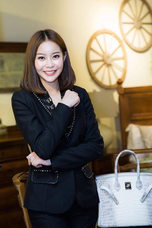 """""""Ngất xỉu"""" trước loạt túi hiệu bằng cả căn biệt thự của mỹ nữ Việt - 3"""