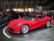 """Cận cảnh """"quái thú tốc độ"""" Ferrari 812 Superfast"""