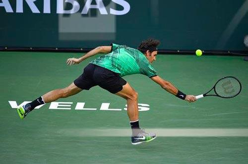 Federer nâng tầm trái 1 tay, Nadal tâm phục khẩu phục - 1
