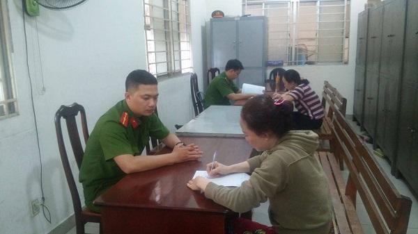 TP.HCM: Chấm dứt hoạt động cơ sở giữ trẻ bạo hành học sinh - 1