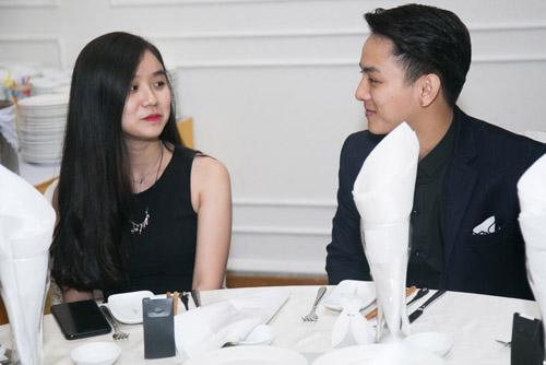 Hoài Lâm nắm tay bạn gái không rời tại đám cưới Mai Quốc Việt - 3