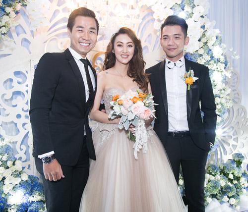 Hoài Lâm nắm tay bạn gái không rời tại đám cưới Mai Quốc Việt - 7