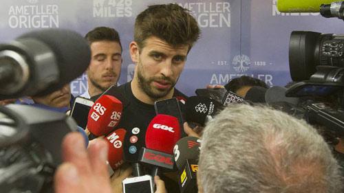 Trăm nghìn fan đòi Barca - PSG đá lại: Pique thêm dầu vào lửa - 1