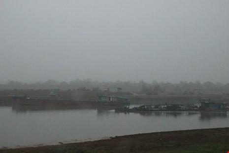 Cận cảnh đoạn sông khiến chủ tịch Bắc Ninh bị đe dọa - 5