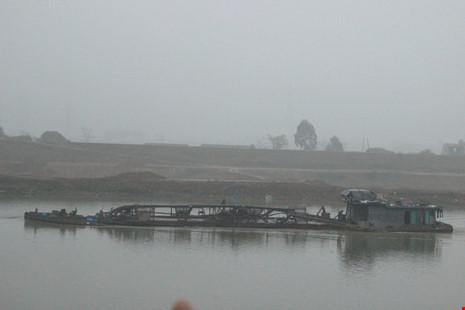 Cận cảnh đoạn sông khiến chủ tịch Bắc Ninh bị đe dọa - 6
