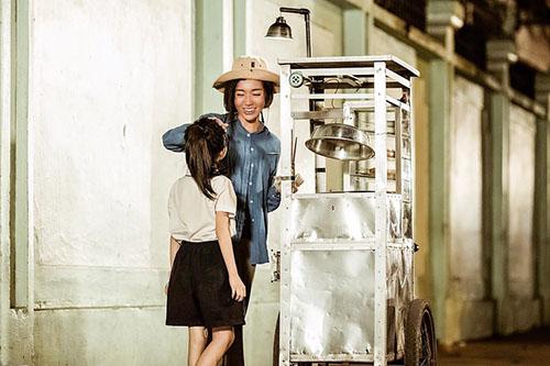 Choáng với tạo hình gái quê thứ thiệt của Hari Won, Elly Trần - 4
