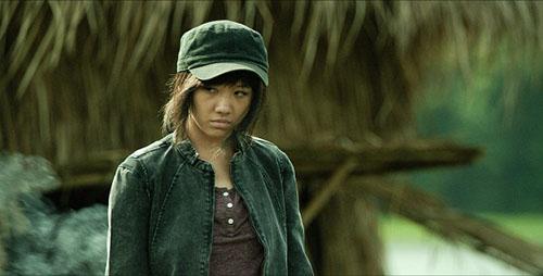 Choáng với tạo hình gái quê thứ thiệt của Hari Won, Elly Trần - 8