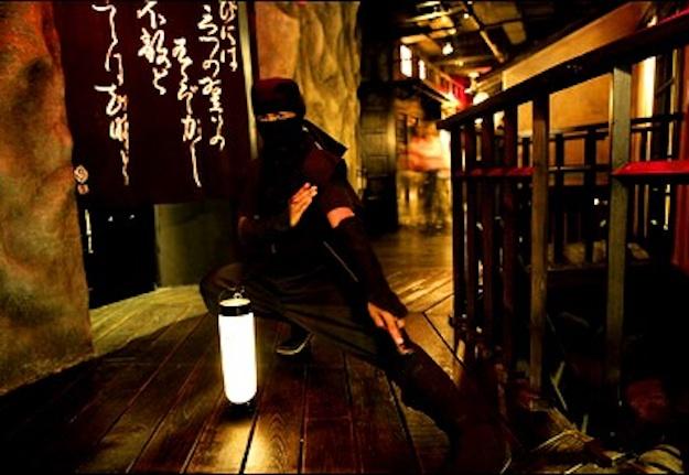 """Thử cảm giác lạ ở 10 nhà hàng """"dị"""" nhất hành tinh - 2"""