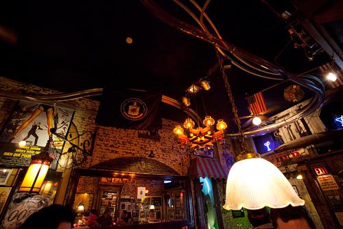 """Thử cảm giác lạ ở 10 nhà hàng """"dị"""" nhất hành tinh - 6"""