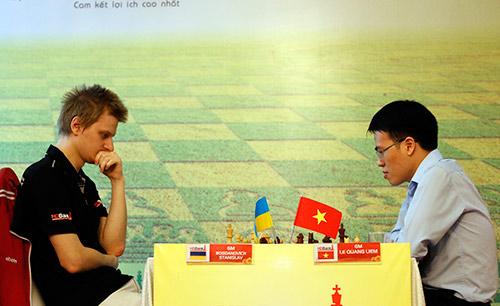 """Quang Liêm tiết lộ """"bí kíp"""" thắng 3 cao thủ Trung Quốc - 2"""