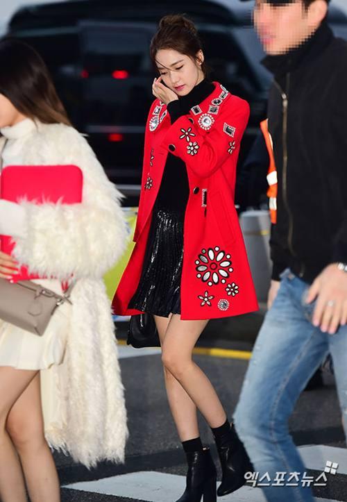 """Chiếc áo """"thần thánh"""" cô gái Hàn nào cũng thích - 3"""