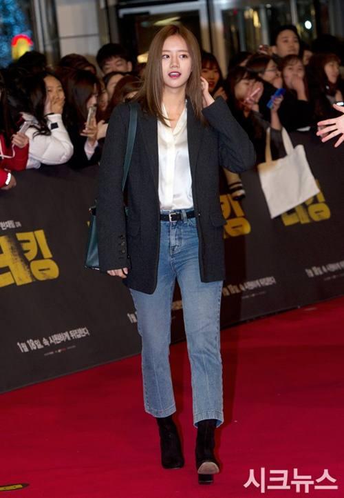 """Chiếc áo """"thần thánh"""" cô gái Hàn nào cũng thích - 9"""