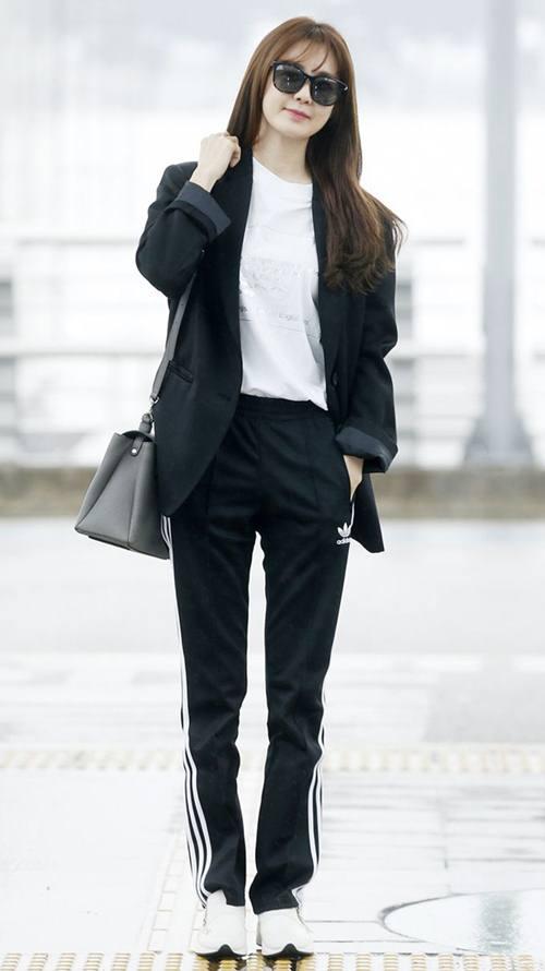 """Chiếc áo """"thần thánh"""" cô gái Hàn nào cũng thích - 10"""