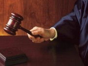 Giáo dục - du học - Cha kiện con gái ra tòa, đòi lại học phí cả gốc lẫn lãi