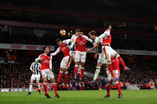 """West Brom - Arsenal: Wenger """"cố đấm ăn xôi"""" - 2"""