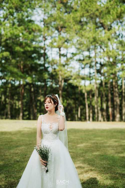 Hot girl Tú Linh- fan ruột MU xinh đẹp như công chúa trong bộ ảnh cưới - 12