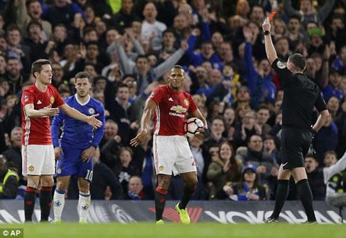 "Stoke – Chelsea: Nguy hiểm ở ""Vương quốc gió"" - 1"