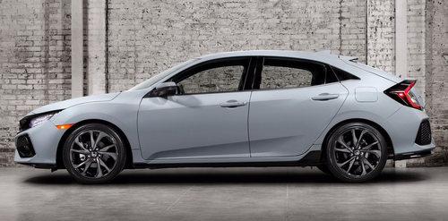 Honda Civic Hatchback 2017 có giá 764 triệu đồng - 3