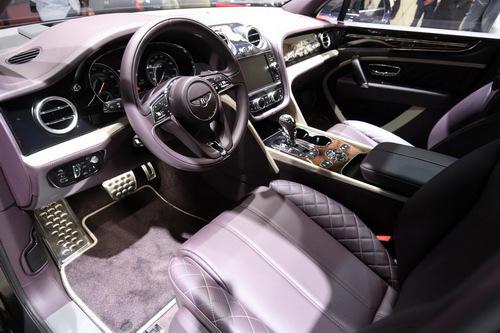 Cận cảnh SUV siêu sang đặc biệt Bentley Bentayga Mulliner - 2