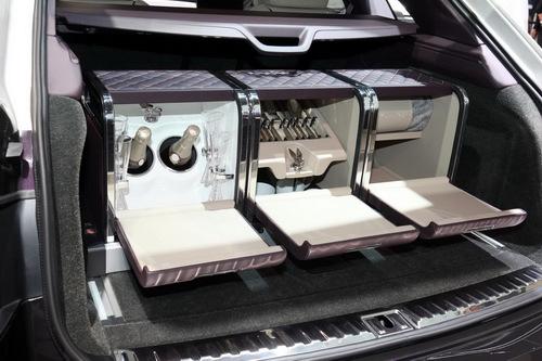 Cận cảnh SUV siêu sang đặc biệt Bentley Bentayga Mulliner - 3