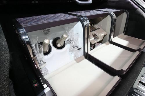 Cận cảnh SUV siêu sang đặc biệt Bentley Bentayga Mulliner - 4