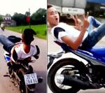 """Clip: Thanh niên lái xe máy bằng chân, """"làm xiếc"""" trên QL1A - 1"""