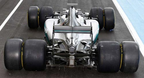 F1 2017 khác biệt: Ngầu hơn, nhanh hơn và hết thời độc bá - 5