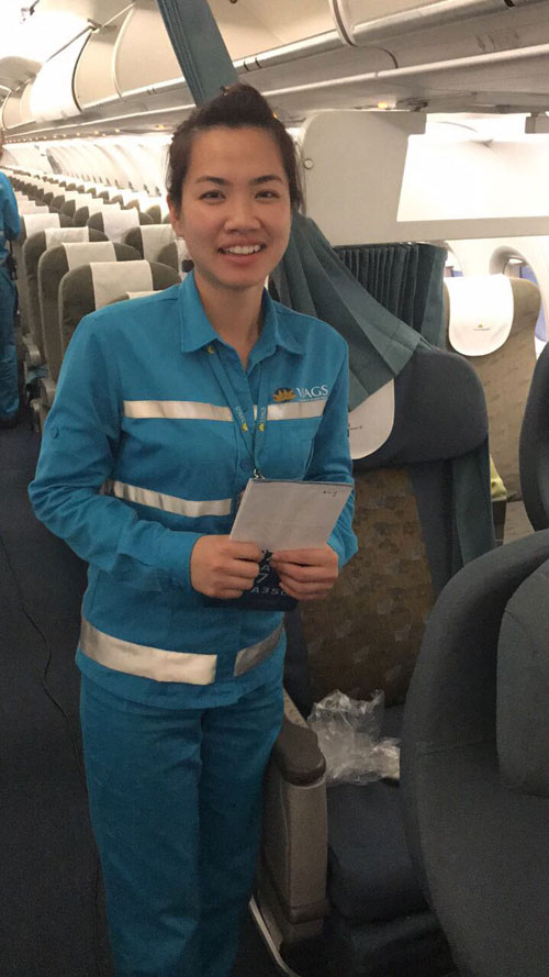 Nữ nhân viên hàng không trả lại gần nửa tỷ đồng cho khách - 1