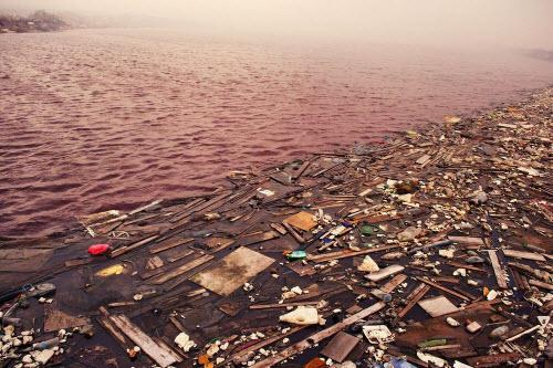 Sốc với hòn đảo toàn rác phía sau thiên đường Maldives - 4