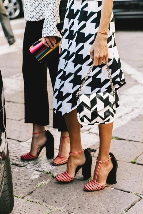 Đây là lý do vì sao phụ nữ đi giày gót nhọn khỏe re - 3