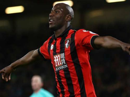 """Bournemouth – Swansea: """"Sấp mặt"""" vì phản lưới nhà - 1"""