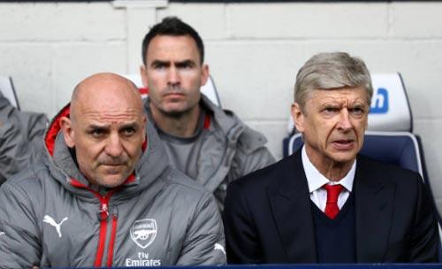 """Arsenal - Wenger bị """"nội phản"""": Tấm gương Ranieri - 3"""