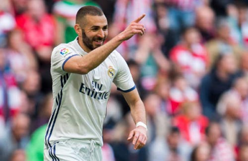 Real mua Aguero 55 triệu bảng từ Man City, Barca bất lực - 2