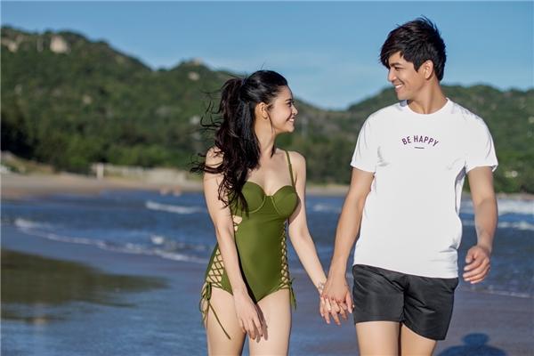 """Trương Quỳnh Anh cứ đi biển là """"dìm hàng"""" gái trẻ - 5"""