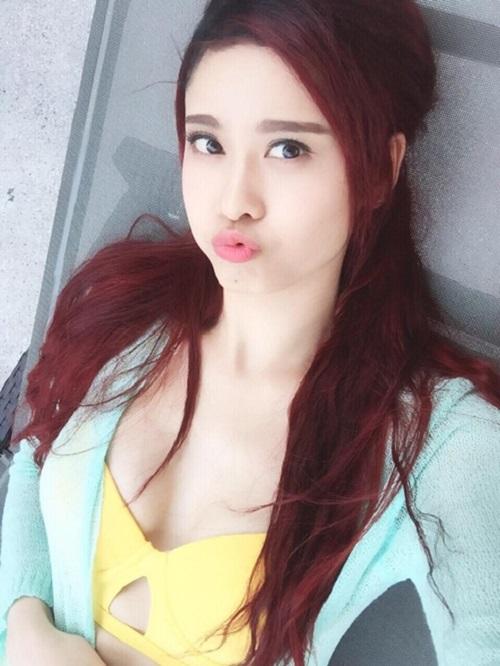 """Trương Quỳnh Anh cứ đi biển là """"dìm hàng"""" gái trẻ - 9"""