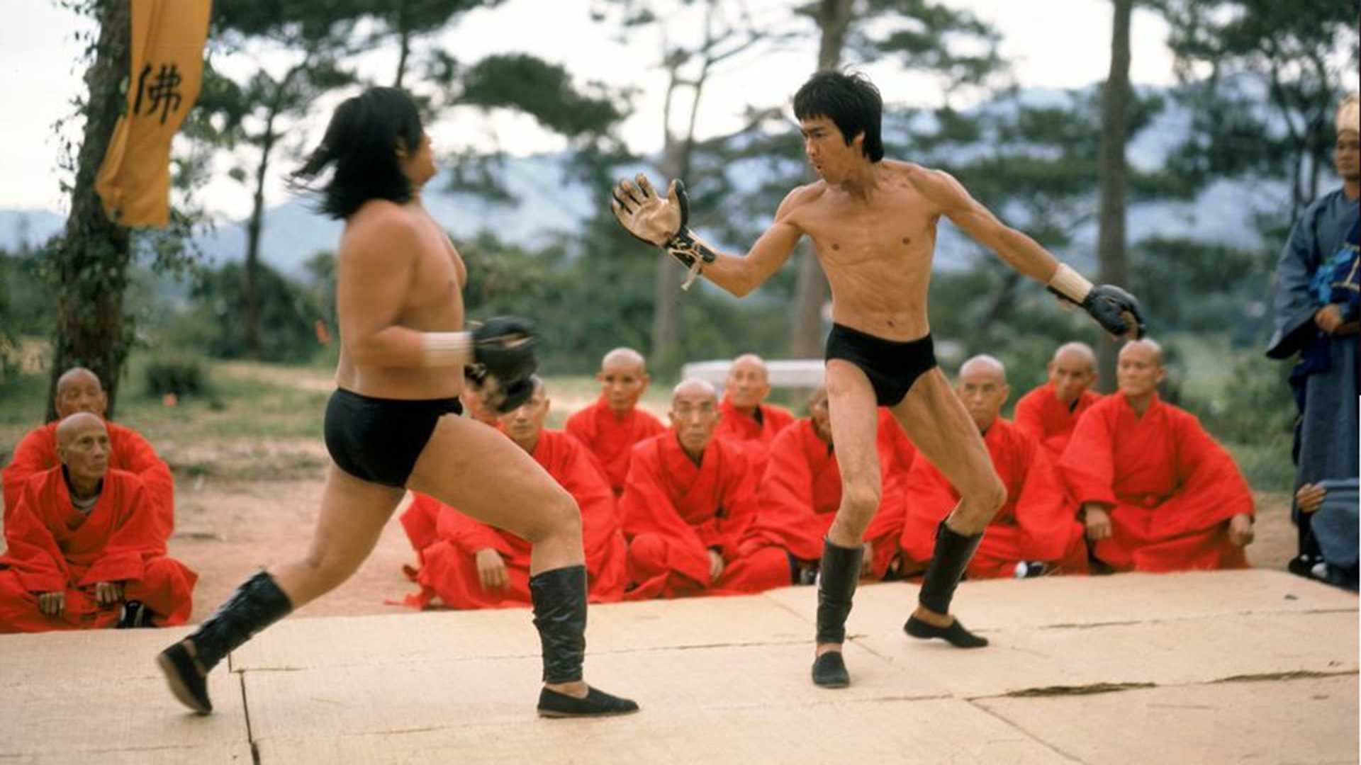 Lý Tiểu Long được fan MMA tôn sùng sau cảnh phim này - 2