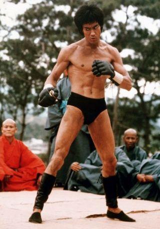 Lý Tiểu Long được fan MMA tôn sùng sau cảnh phim này - 3