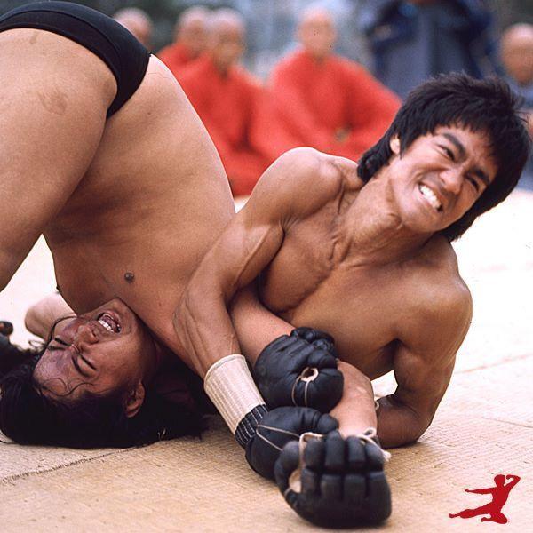 Lý Tiểu Long được fan MMA tôn sùng sau cảnh phim này - 5