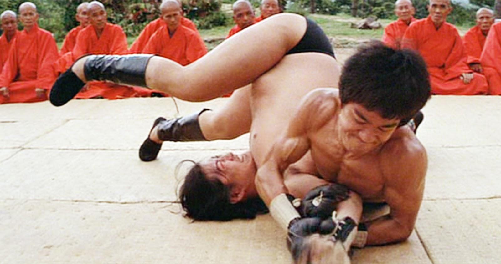 Lý Tiểu Long được fan MMA tôn sùng sau cảnh phim này - 4