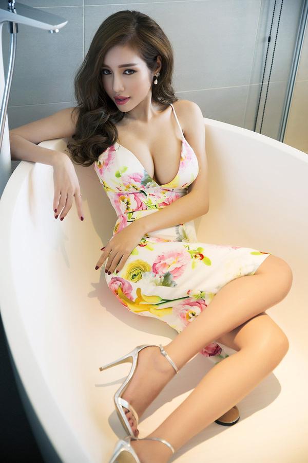 """Hà Tăng, vợ Tuấn Hưng đã sinh con dáng vẫn """"ngon"""" như gái son - 9"""