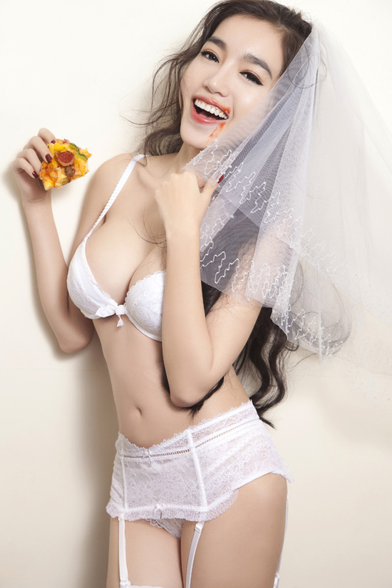 """Hà Tăng, vợ Tuấn Hưng đã sinh con dáng vẫn """"ngon"""" như gái son - 10"""