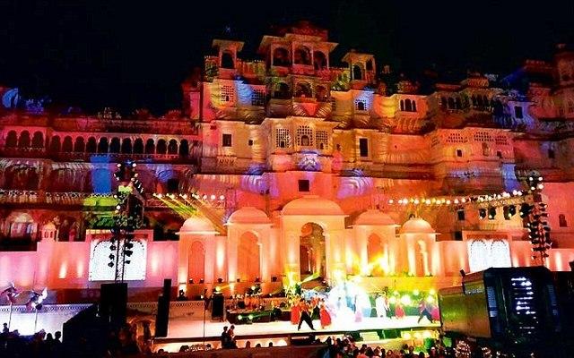Tỉ phú Ấn Độ chi 420 tỉ làm đám cưới, mời 1,6 vạn khách - 5